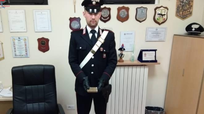 arresto droga carabinieri di turate a casa di giovane rovellasca