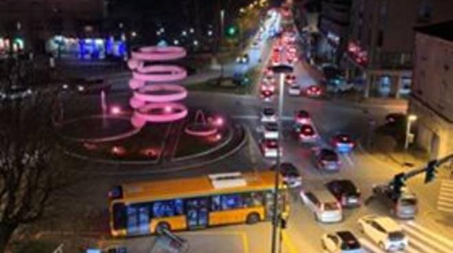 incidente auto e moto piazzale camerlata traffico e disagi circolazione