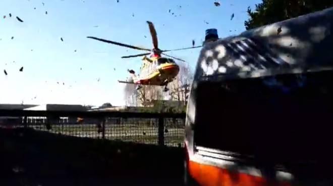incidente mortale cantù via ginevrina da fossano elisoccorso sul posto ambulanza e luogo