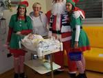 pesi massimi como in giro per gli ospedali alla vigilia di natale 2019 doni in pediatria