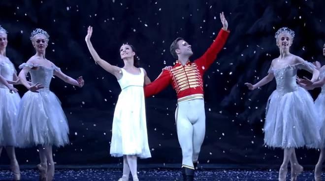 royal ballet lo schiaccianoci