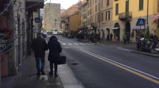 via milano a como chiusa anche oggi, strada deserta protesta dei commercianti