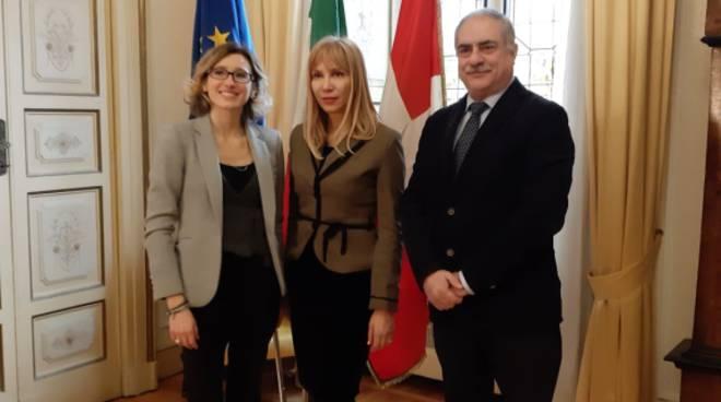 console della bulgaria in visita istituzionale a cvomo comune con sindaco e gentilini