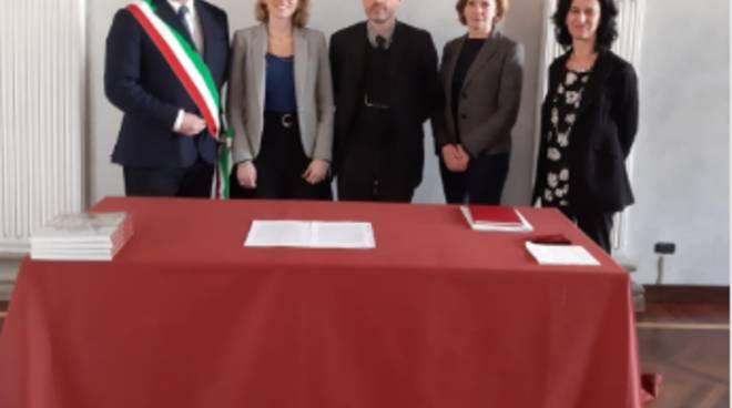 accordo a milano sindaco e soprintendente oper mostra monete oro