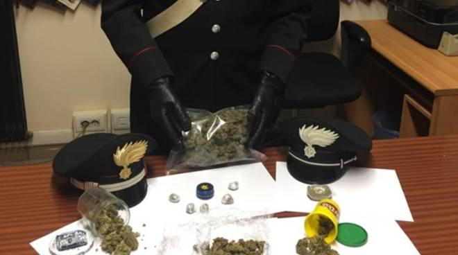 controlli anti prostituzione nel comasco e spaccio droga sequestro carabinieri