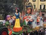 I carri e l'allegria del Carnevale di Olgiate 2020