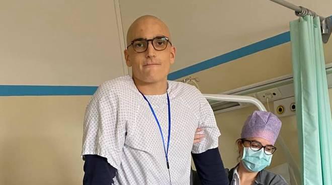 canottiere filippo mondelli dopo operazione ginocchio ospedale rizzoli bologna