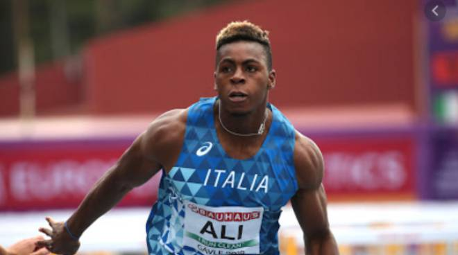 chituru ali in gara con maglia italia 60 ostacoli atletica