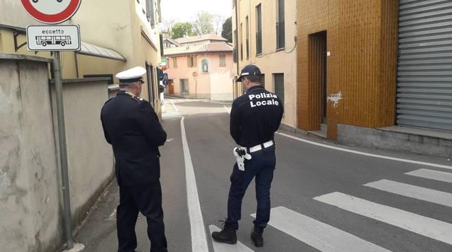 controlli polizia locale casnate per acquisti otto prodotti