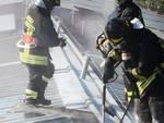 incendio tetto pannelli fotovaltaici lurate caccivio azienda agricola pompieri