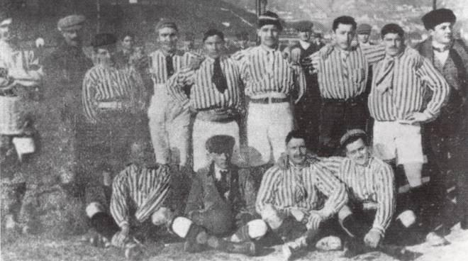 comol prima squadra di 113 anni fa foto storica compleanno como