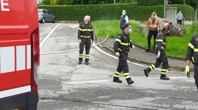 esplosione andrate arrivano gli esperti pompieri nucleo usar