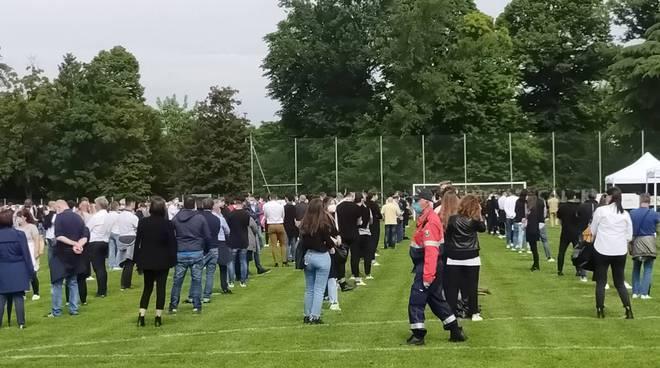 funerale cermenate andrea rinaldi ragazzo morto 19 anni centro sportivo