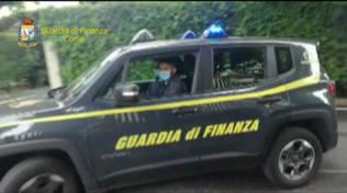 guardia di finanza como arresti per corruzione como