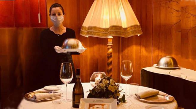 ristoranti aperti como