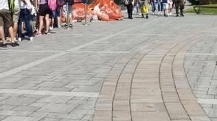 assalto a battelli e centro como, tanti turisti per 2 giugno