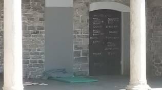como portici san francesco senzatetto oggi pomeriggio