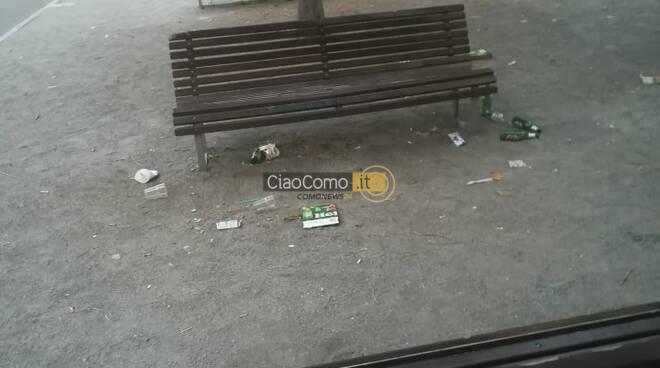 degrado piazza roma como per bivacchi persone e liti