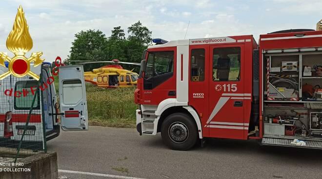 incidente mortale sul lavoro via regina fino mornasco operaio caduto dalla scala