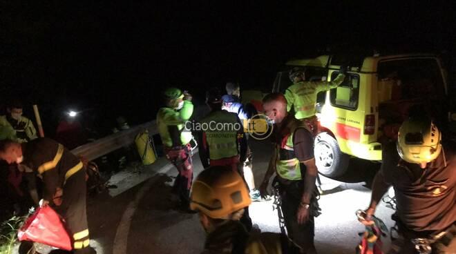 recupero escursionisti dispersi bosco alta valle intelvi pompieri