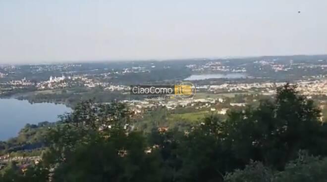 risveglio di oggi dalla vetta del Monte Cornizzolo vista su laghi brianza