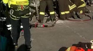 infortunio cementeria di merone operaio soccorso 118 e pompieri