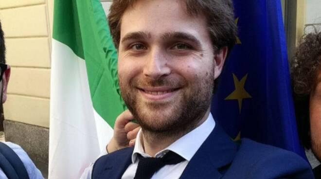 sindaco solbiate con cagno federico broggi contributo 600 euro
