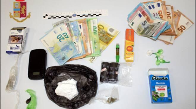droga sequestrata cavallasca polizia per arresto rapper sciglio ok foto