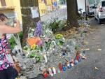 fiori e lumini a san rocco per uccisione don Roberto preghiere fedeli