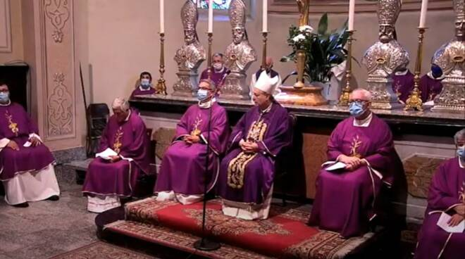 funerale cosio per don roberto malgesini vescovo e celebranti