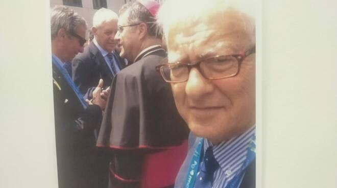 Saluto commosso dell'Istituto Pascoli al prof Emilio Russo