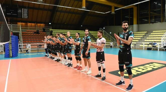 libertas volley cantù debutto a palafrancescucci contro taranto premio coach