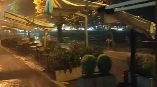 locandina protesta commercianti per stasera fuori dal comune contro chiusure locali