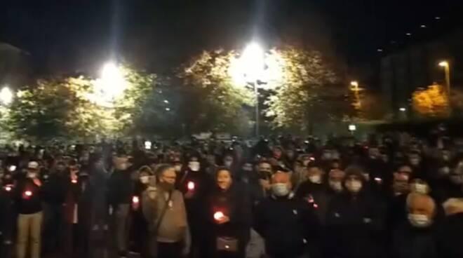 protesta commercianti di como in presa diretta piazza verdi como