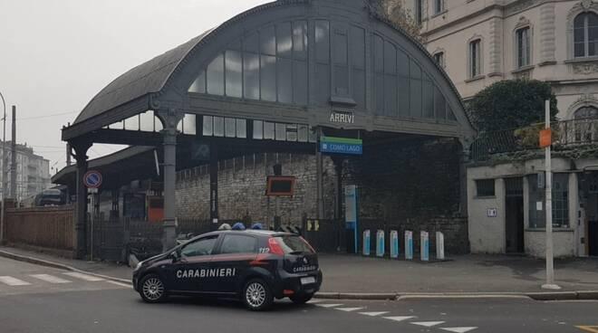 auto carabinieri zona piazza matteotti como generica auto carabinieri