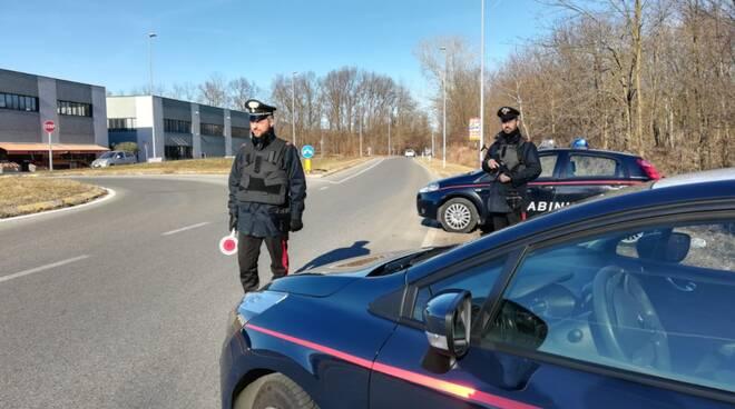 carabinieri auto generiche posti di controllo strada