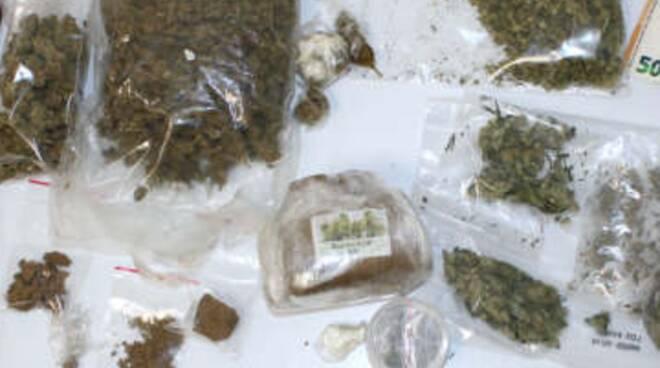 droga sequestrata polizia como zona monguzzo bosco