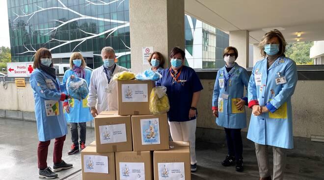 Abio consegna zainetti ricreativi pediatrie