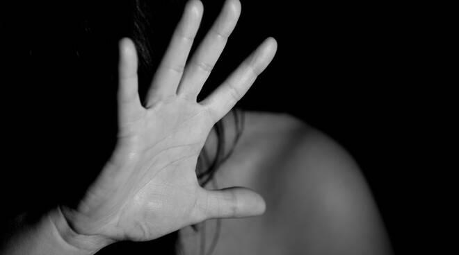 campagna di sensibilizzazione Montero contro la violenza sulle donne