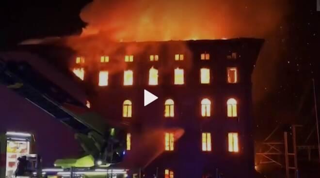 incendio maroggia ticino mulino brucia