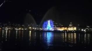 proiezioni luminose primo bacino del lago per prove di natale 2020