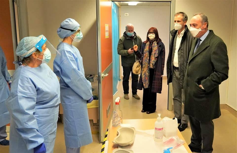 visita ospedale sant'anna di como giulio gallera assessore welfare regione