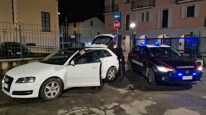 carabinieri olgiate arrestano albanese auto con attrezzi da scasso