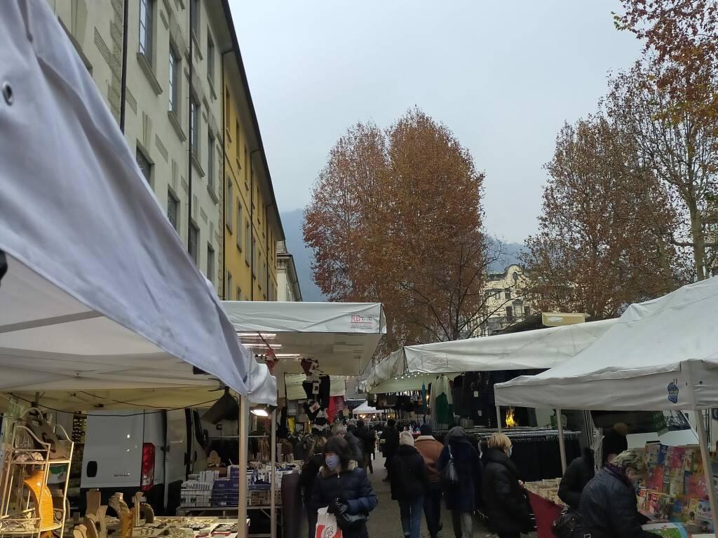 Ripresa mercato ambulanti