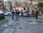 incidente a9 tir ribaltato ed auto via ambrosoli contro distriubutore