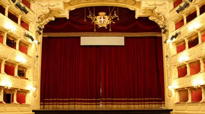 Teatro sociale como sipario chiuso