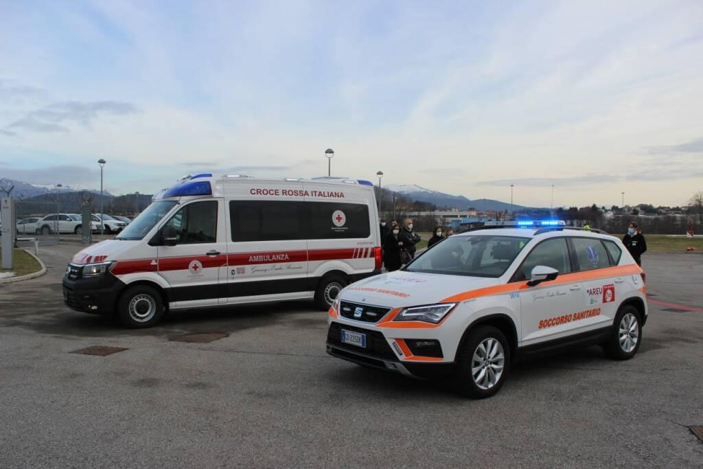 Donazione automedica e ambulanza ad Areu