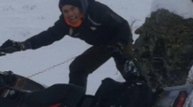 giovane di stazzona muore in motoslitta travolto da slavina mortirolo sue foto facebook