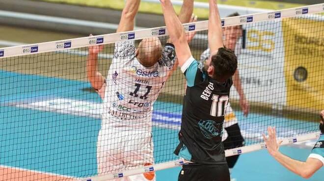 Libertas Cantù sconfitta a Casnate contro siena volley maschile a2