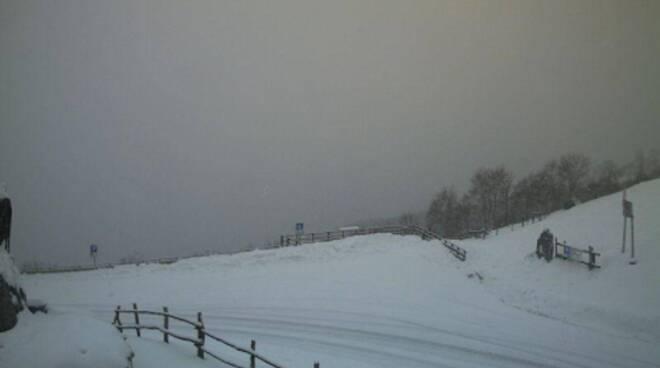 nevicata nel comasco primo di gennaio web cam meteo como